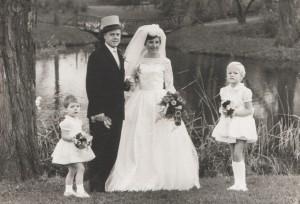 1963 bruidsmeisjes bij oom marten en tante lies crop
